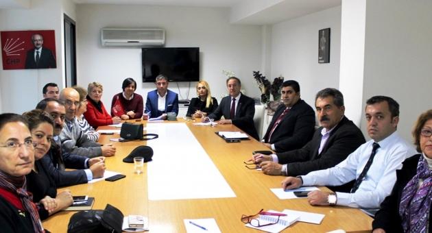 Chp İzmir'den Esnafa Özel Uygulama