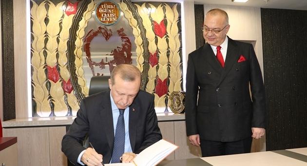 Cumhurbaşkanı Erdoğan'dan Manisa Büyükşehir Belediyesi'ne Ziyaret