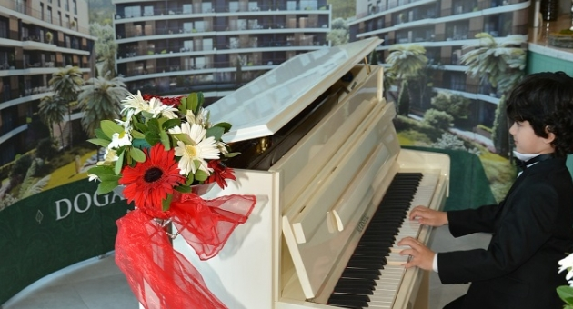 Aryom Koru Çocuk Piyanistler Resitali