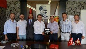 Başkan Ataç ES ES yönetimini ziyaret etti