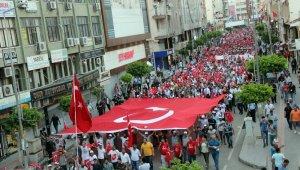 İskenderun'da '15 Temmuz Demokrasi Yürüyüşü'
