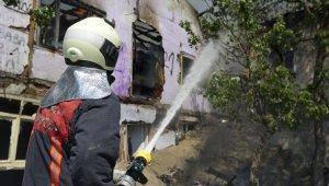 Başkent'te peş peşe korkutan yangınlar: 4 vatandaşı itfaiye kurtardı