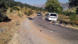 Hafif ticari araç ile motosiklet çarpıştı: 1 ölü