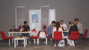 İbn Haldun Üniversite'sinde kayıt heyecanı başladı