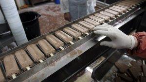 Japon bilim insanları erimeyen dondurma üretti