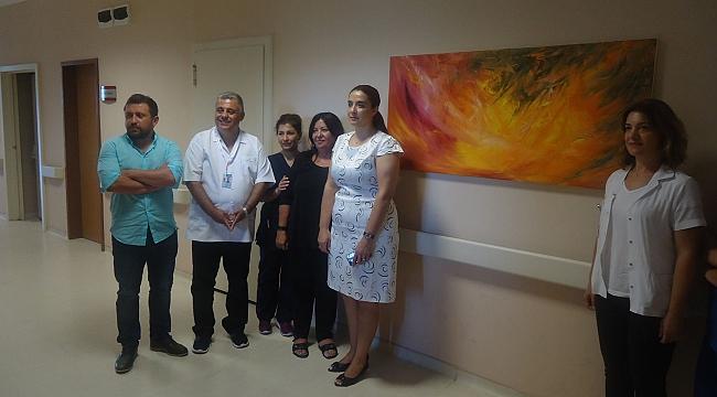 Ressam'dan Hastaneye anlamlı bağış