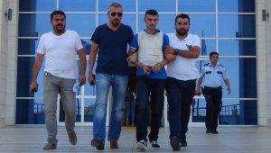 Silifke'de Askeri bıçakla öldüren şahıs tutuklandı