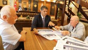 Ünlü sinema yapımcısı İnanoğlu'ndan Rektör Polat'a ziyaret