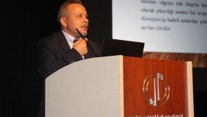 Anadolu Üniversitesi'nde 'Dilimiz Kimliğimizdir Konferansı' düzenlendi