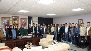 Başkan Bakıcı'ya AK Parti Gençlik Kolları'ndan nezaket ziyareti
