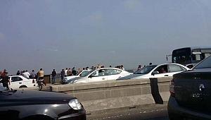 İki trafik kazasında 20 kişi öldü