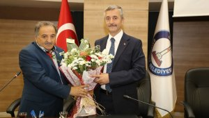 Muhtarlardan Belediye Başkanı Tahmazoğlu'na ziyaret