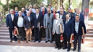 Başkan Atila, İzmirli kahvehane işletmecileri ile buluştu