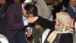 Emeklilerin sorunları Bornova'da ele alındı