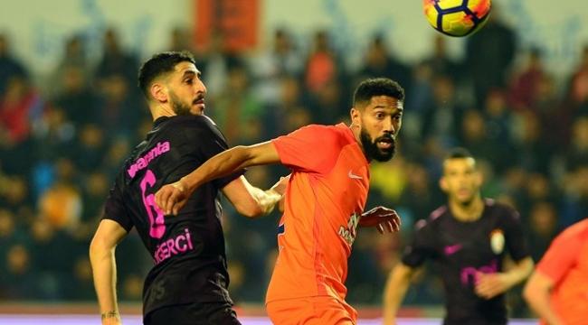 Galatasaray,Başakşehir'den fark yedi
