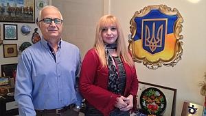 İzmir'de yaşayan Ukrayna vatandaşlarına ücretsiz Türkçe dil eğitimi.
