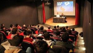 'Futbol Sosyoloji Seminerleri'nin konuğu Uğur Karakullukçu oldu