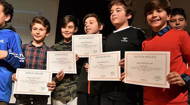 Dost Bilim Evi'nde sertifika heyecanı