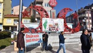 Dursunbey'de STK'lardan ABD ve İsrail'e Kudüs protestosu