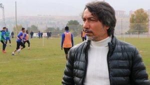 E.Yeni Malatyaspor'da tek gündem hakem kararları
