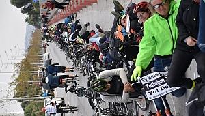İzmir Büyükşehir Belediyesi Bisikletlileri Kızdırdı