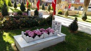 Kula'daki şehit mezarları bakıma alındı
