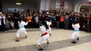 Tekden Ortaokulu öğrencileri Aksaray'dan başarıyla döndü