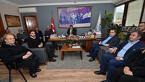 CHP Foça İlçe Yönetimi, Foça Belediye Başkanlığı'nı Ziyaret Etti