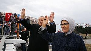EmineErdoğan: Kahraman Mehmetçiğimize muvaffakiyetler diliyorum