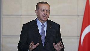 Erdoğan'dan provokatör muhabire tokat gibi cevap