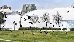 İzmir'de şiddetli lodos raporu