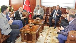 Karamollaoğlu'ndan İzmir Valisi Ayyıldız'a taziye ziyareti