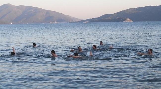 Marmaris'te Kış Günü Deniz Keyfi!