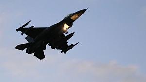 Türk jetleri askeri havaalanını vurdu!