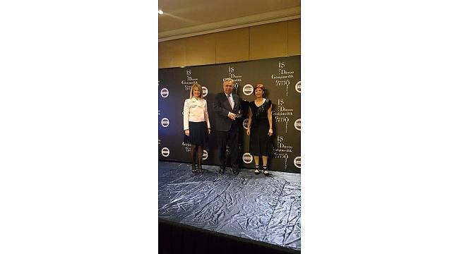 """""""2017 yılının Kadın İş Hayatına Önem Veren Şirket Ödülü""""..."""