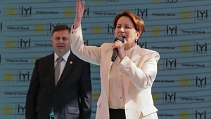 Akşener, partisinin İzmir İl Başkanlığı binasının açılış törenine katıldı