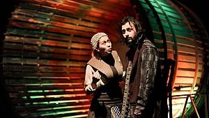 BBŞT Jeanne d'Arc ile İstanbul'da sahne aldı