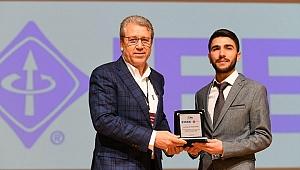 İzmir Enerji Zirvesi'nde 9 üniversiteden 500 katılımcı yer aldı