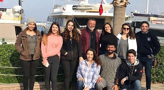 İzmir'in Üniversiteleri Körfez'e Yelken Açıyor