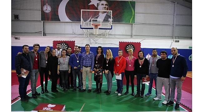 Karşıyaka Belediyesi'nde 'dart' heyecanı