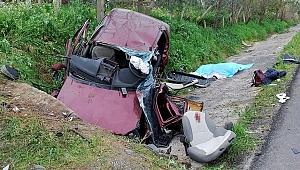 Feci kazada bir aile yok oldu