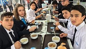 Havajet Lisesi Öğrencileri Şehitleri Andı