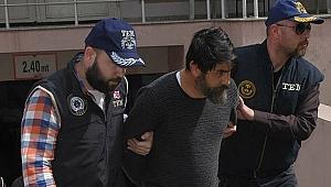 İzmir'de iki bombacı yakalandı