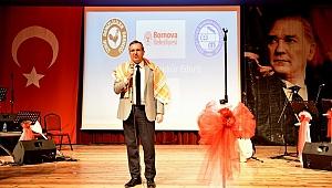 Türk Halk Müziği'nin Üstadı Özay Gönlüm İzmir'de anıldı