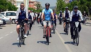 Aliağa'da 'Ulusal Egemenlik Bisiklet Turu' Düzenlendi
