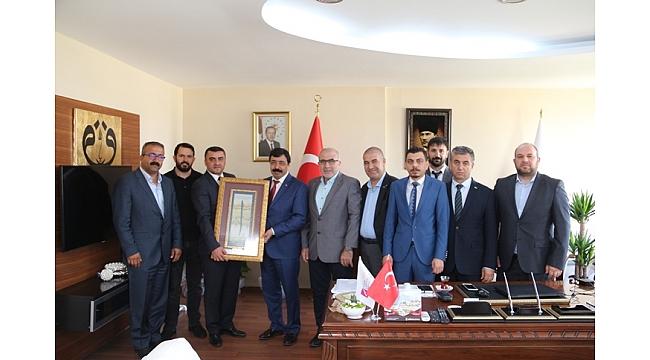 Askon İzmir'den Rektör Köseye Ziyaret
