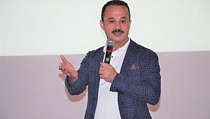 Şengül'den İzmir Marşı'na destek
