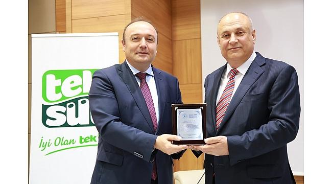 Türkiye'nin süt üretimi de ihracatı da artıyor