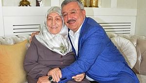 Necip Nasır'dan İzmirliler'e duygusal mektup