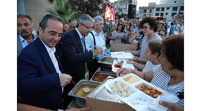 Örnekköy'de 2 bin kişilik iftar sofrası